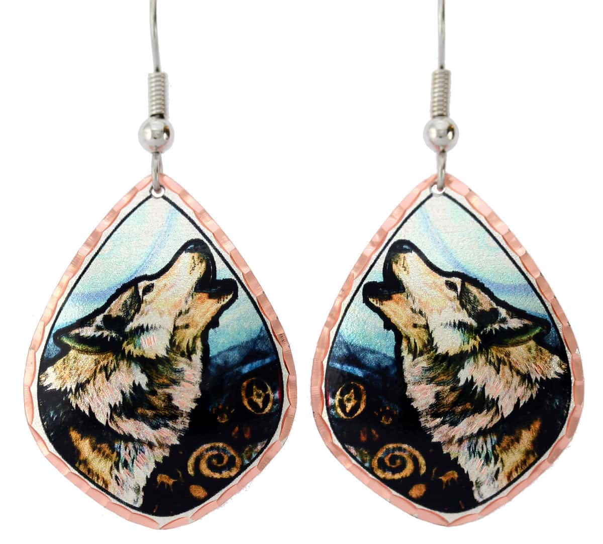 Impressive howling wolf earrings, everything you expect from precious handmade jewelry