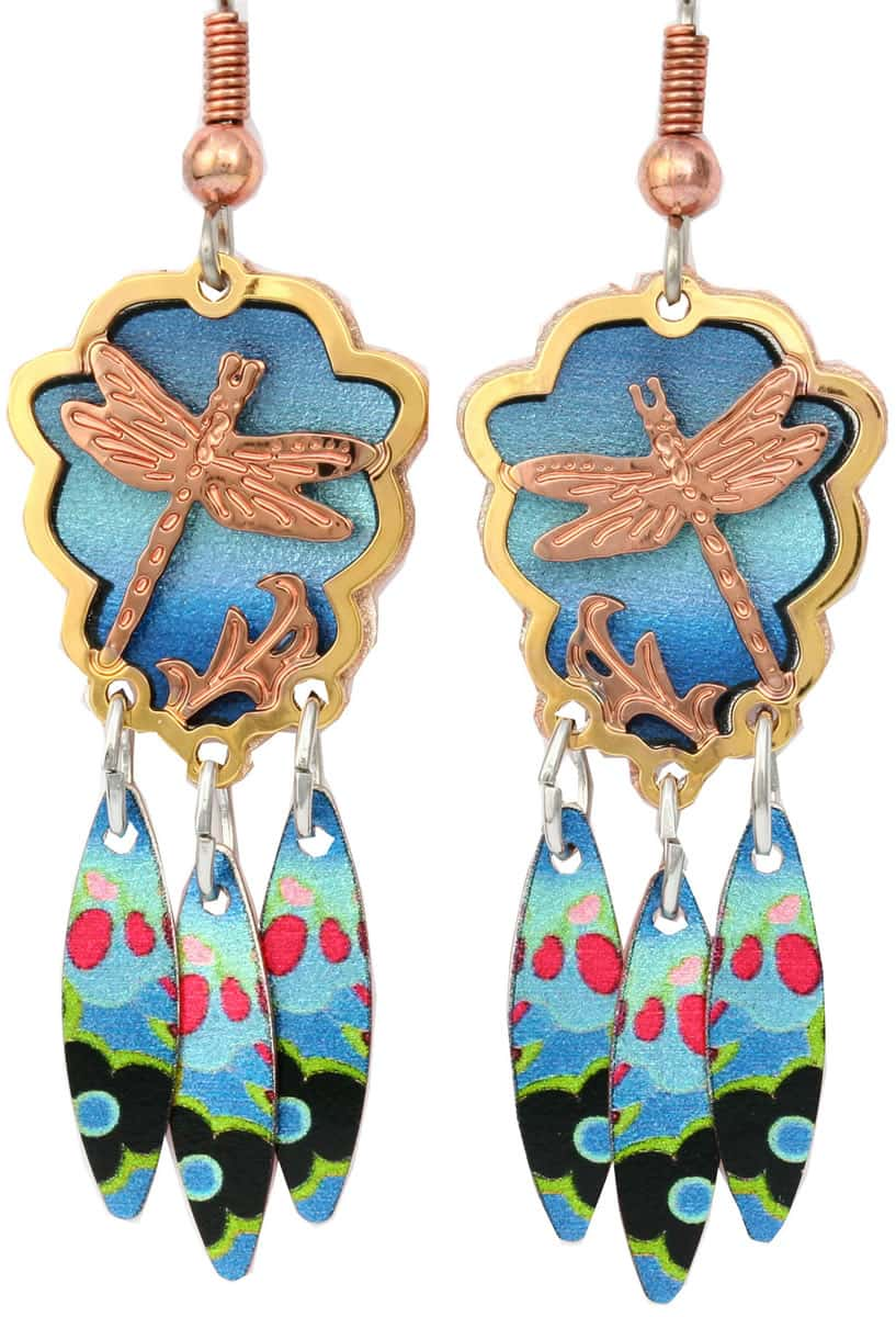 Wearing these dragonfly earrings cut out gold and copper earrings will get everyone's admiration