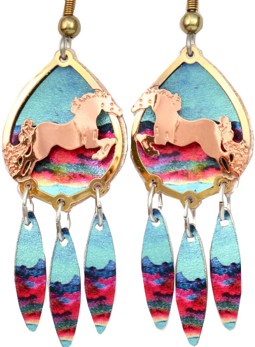 Wearing these wild horse earrings cut out gold and copper earrings will get everyone's admiration